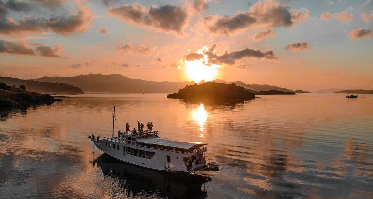 Onvergetelijke cruise van Lombok naar Flores